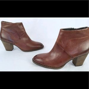Paul Green Stella Leather Sz 8